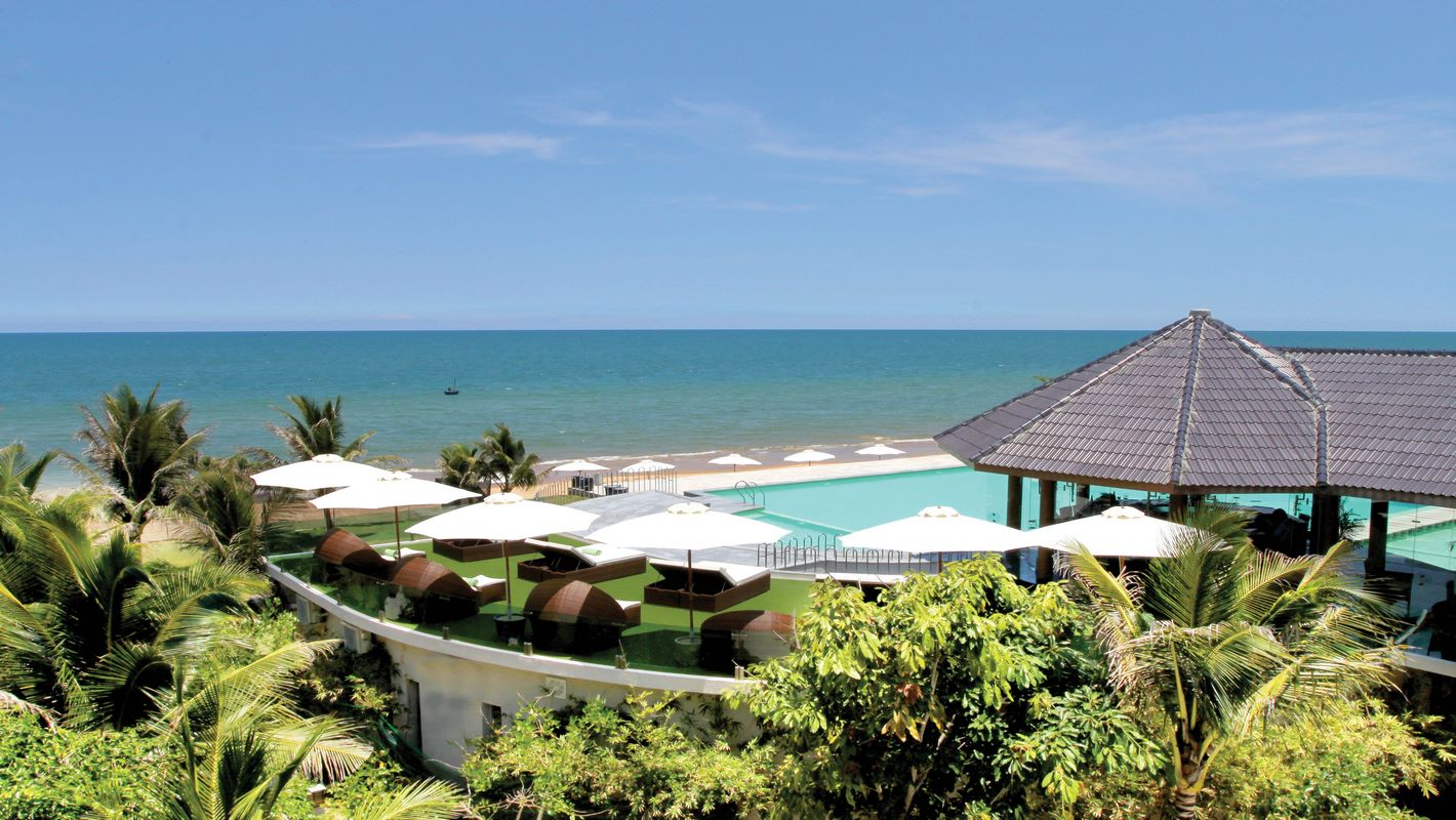 Sandy Beach Non Nước Resort