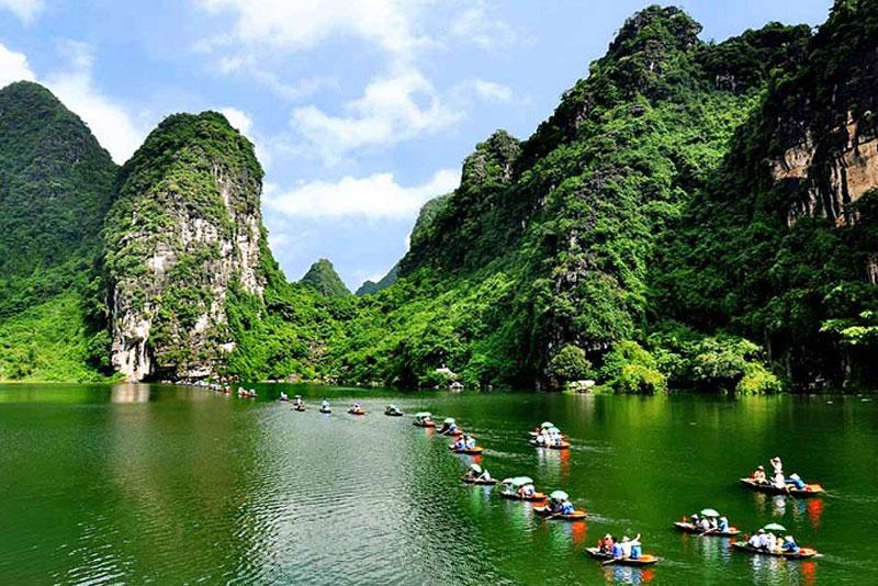 Tour Hà Nội – Ninh Bình – Hạ Long